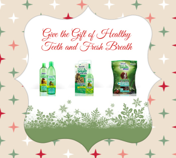 Give the Gift of Less Stinky Doggie Breath #SmoochUrPooch