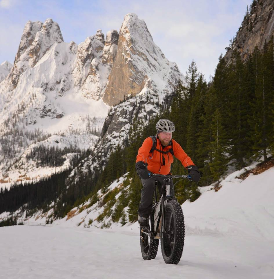 Shawn riding his fatbike win in the Methow Valley