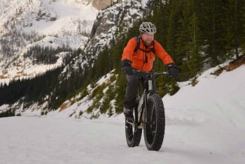 Inspiration Monday: Fatbiking in Winthrop, WA