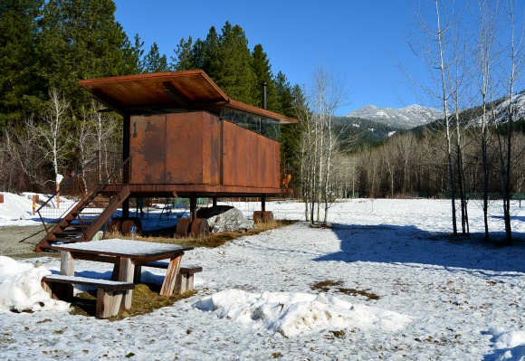 Dog Friendly Rolling Huts in the Methow Valley