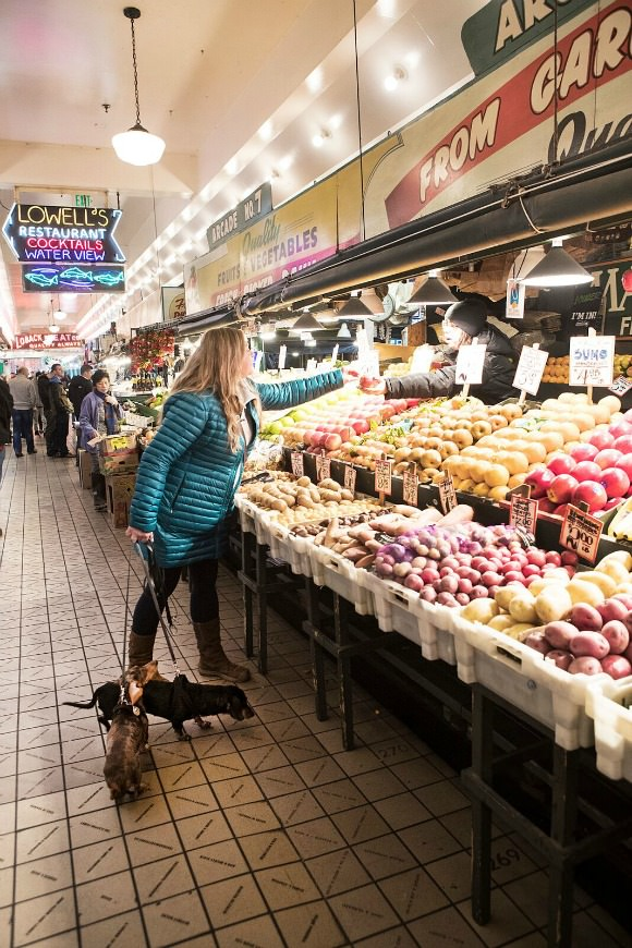 Woman with Dachshund at Pike Place Market - Julie Austin Pet Photography